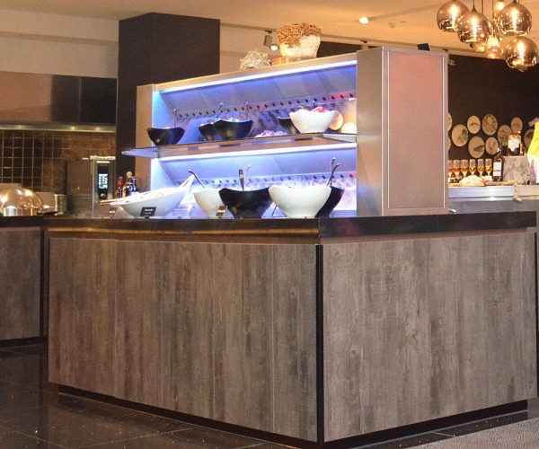 Proud on Hotel van der Valk Utrecht and Live Cooking together with Cool-Spot Systeem .