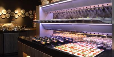 Stolz auf Hotel van der Valk Utrecht und Live Cooking zusammen mit Cool-Spot Systeem.