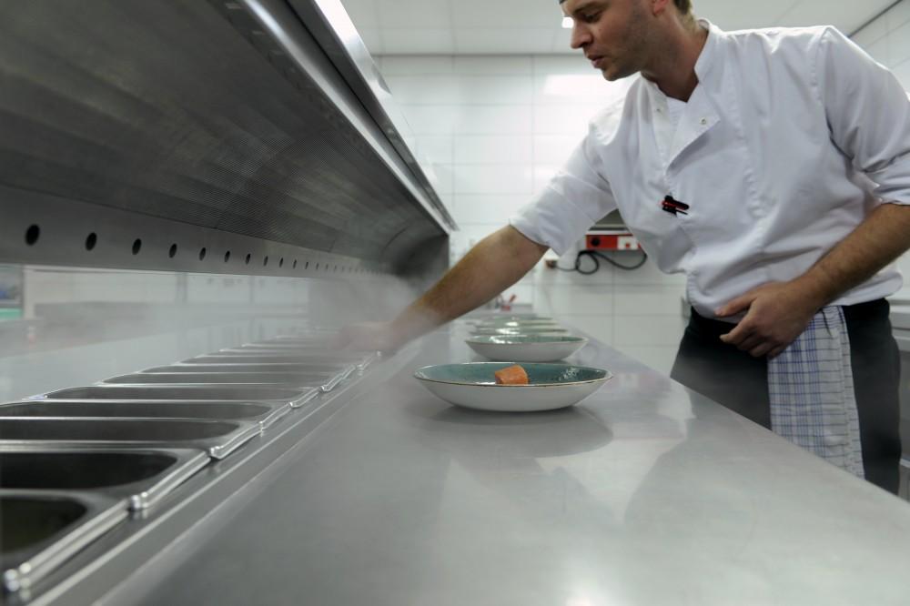 Cool-Spot Kitchen, Cool Workbench, Cold Pass